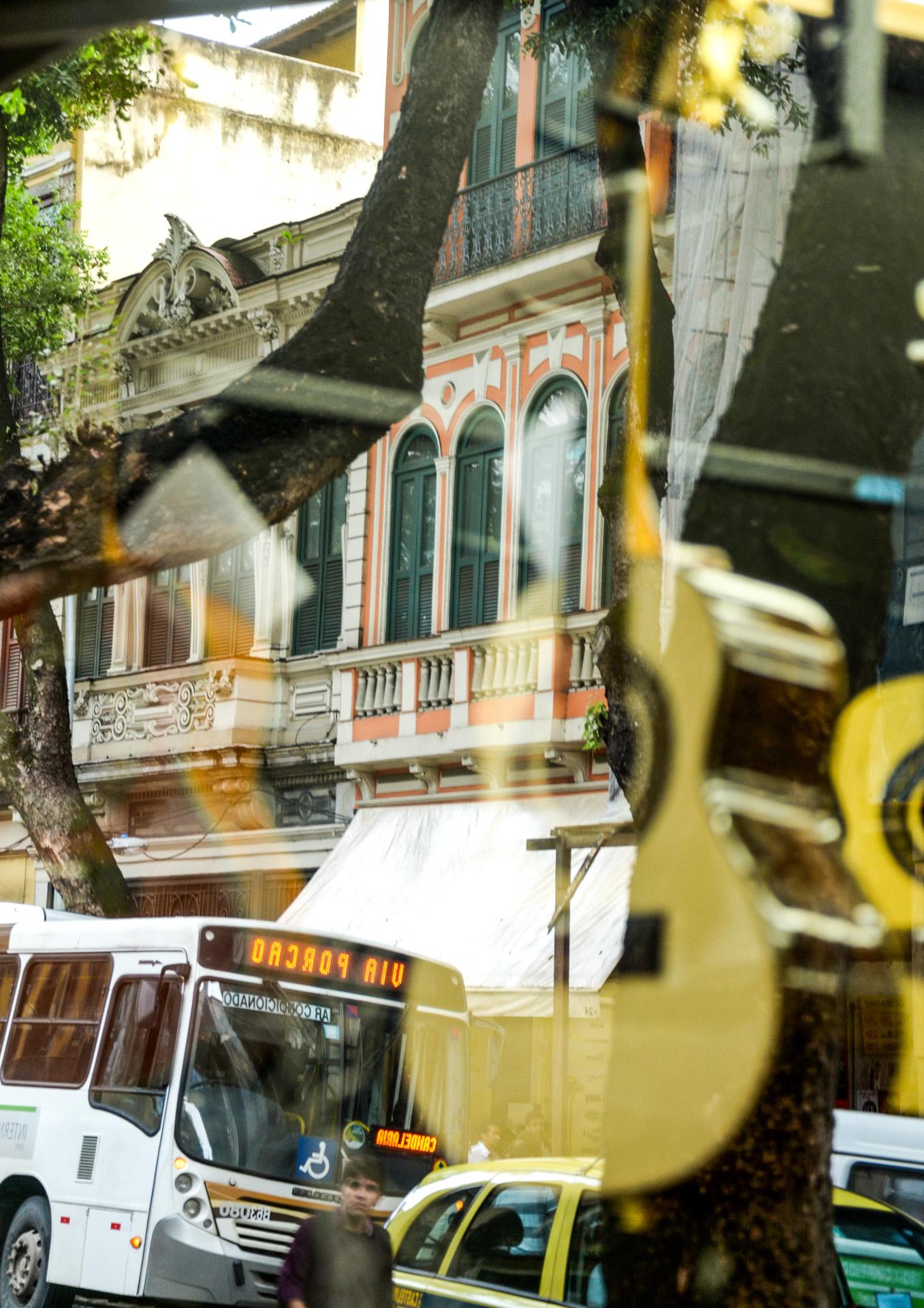 31/03/2011. Rua da Carioca. Rio de Janeiro. BRASIL.