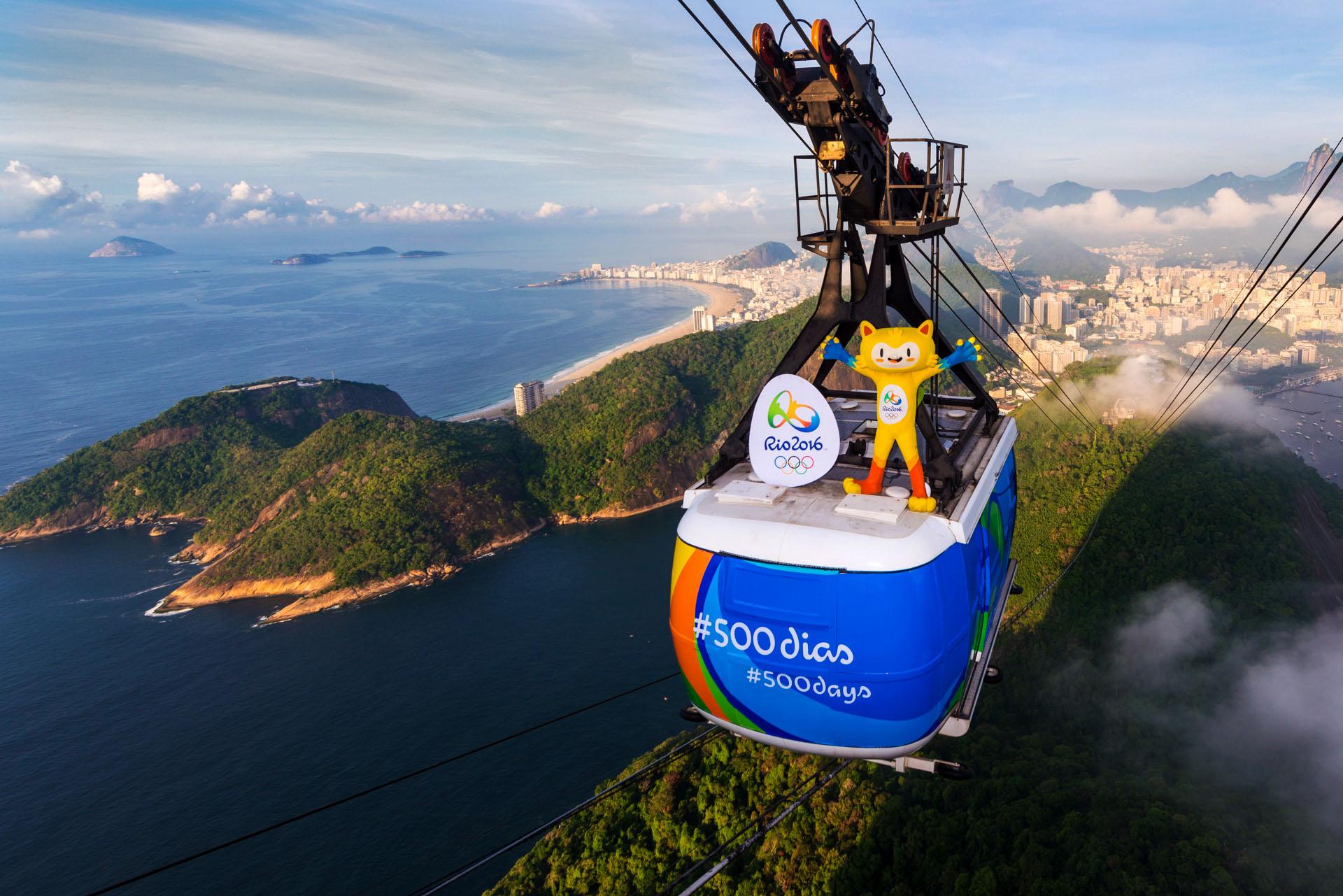 """""""Mascote Vinicius no Bondinho - Março 2015"""""""